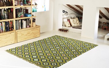 KILIM DIAMONDS KHAKI AND BLUE